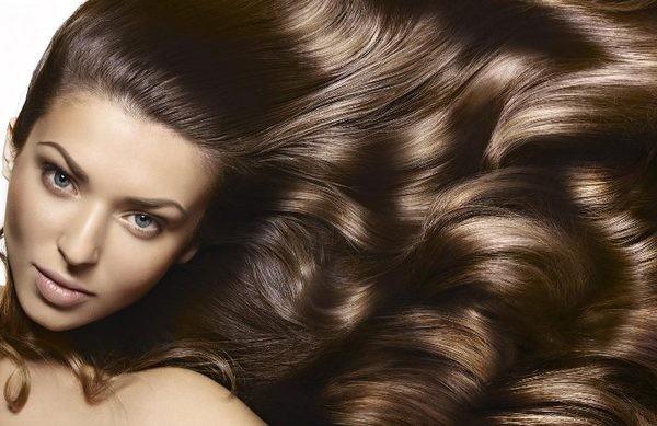 capelli sani e folti