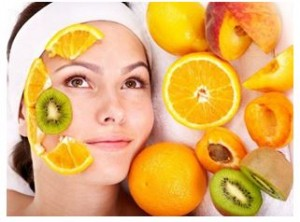 Maschere con scarti di frutta